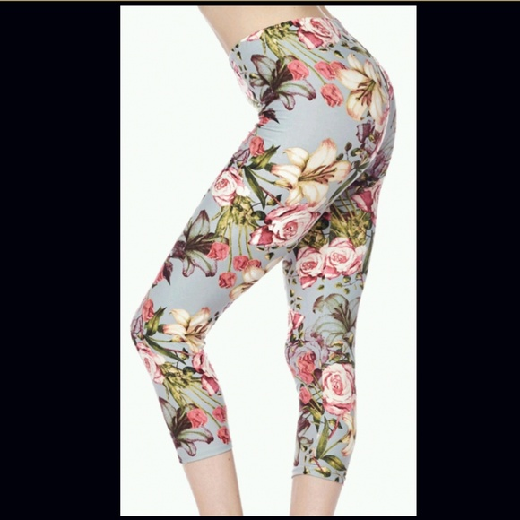 NEW Women/'s Navy Blue Floral Print Buttery Soft Leggings ONE SIZE OS fits 2-12